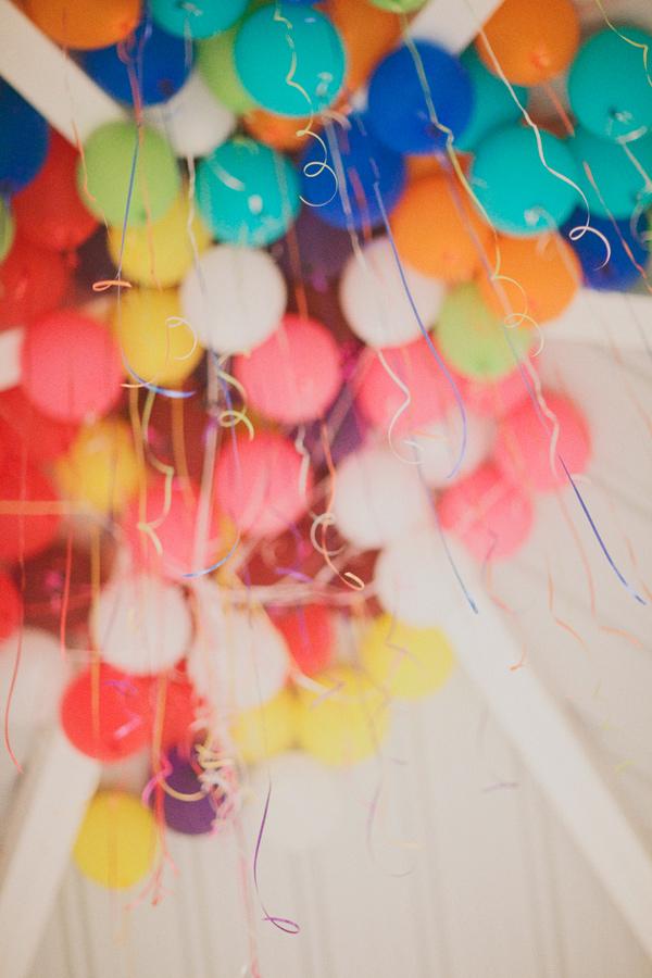 whimsical-carnival-wedding